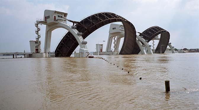 Water in Rijn stijgt weer