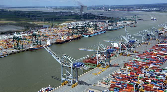 Overslag haven Rotterdam in de min, Antwerpen in de plus