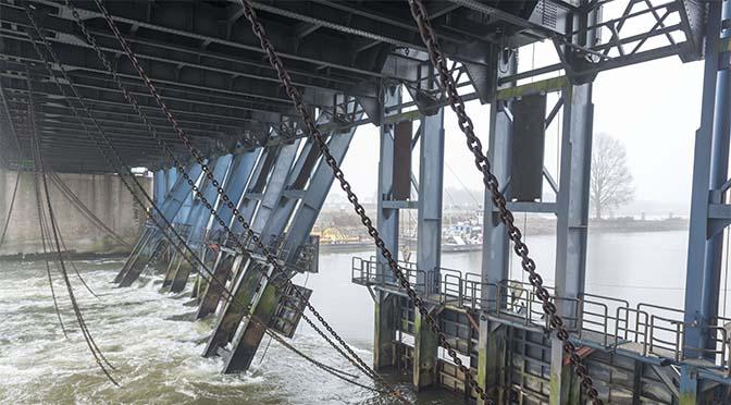 RWS mag binnenvaart bij extreem weer niet stilleggen