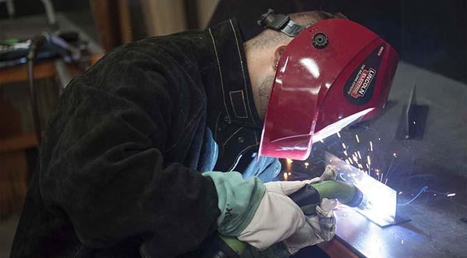 Inspectie controleert scheepswerven op laswerk op tankschepen