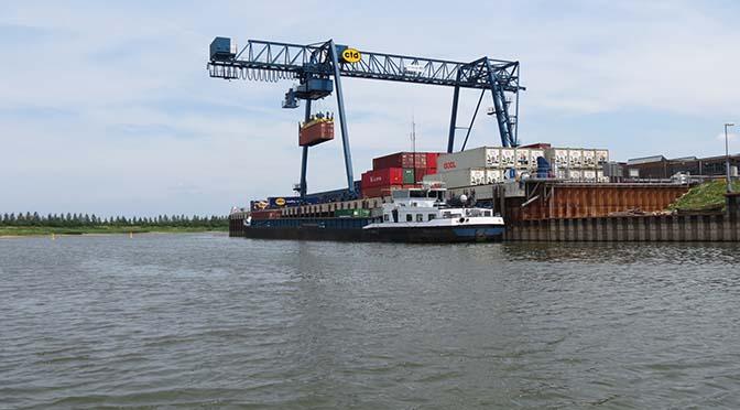 Dagelijkse afvaart voor Container Terminal Doesburg