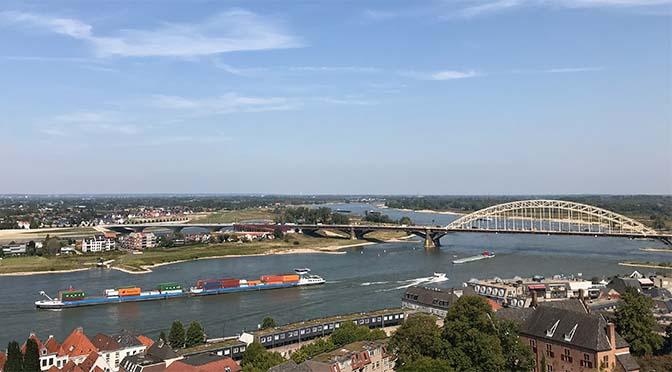 Onderhoud vaarwegen Oost-Nederland naar Heijmans en Strukton